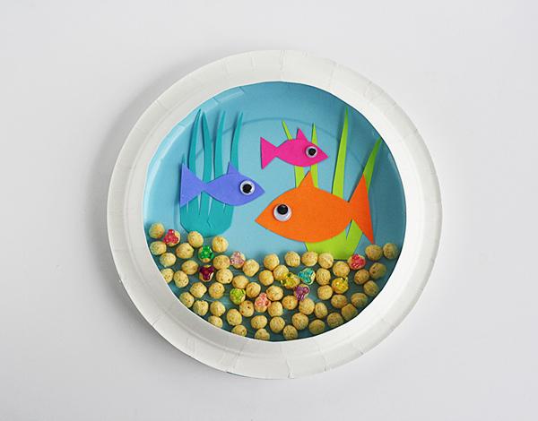paper plate aquarium