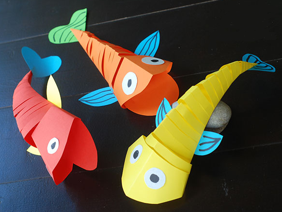 moving-paper_fish