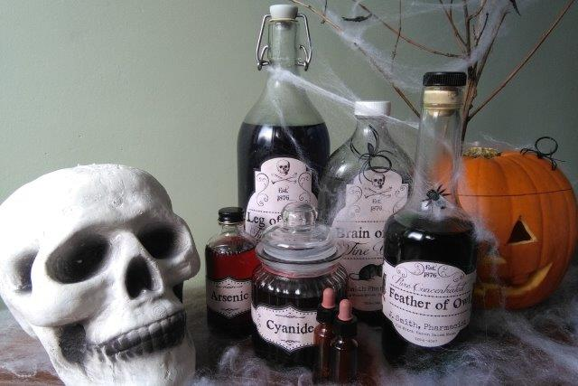 Hallowe'en Apothocary Display