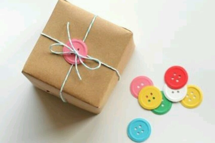 Brown Paper Gift Wrap with Buttons