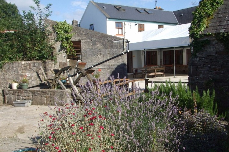 ecolodge in Clare