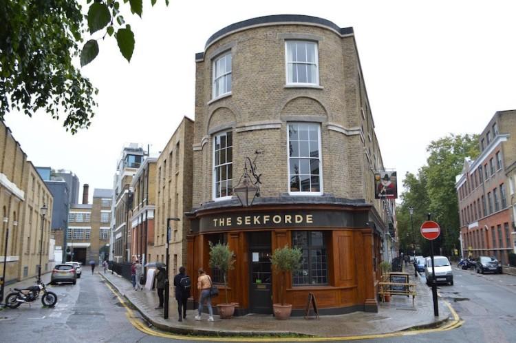 Eco London Pub