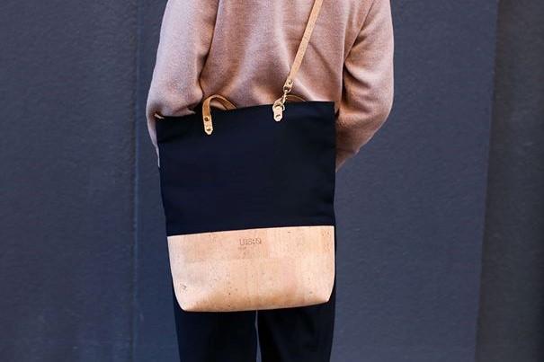 woman wearing shoulder bag