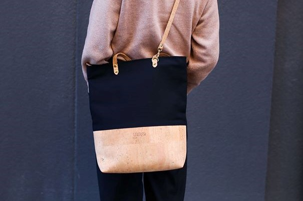 woman wearing shoulder bag