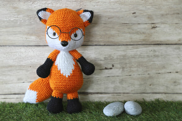 crocheted fox with glasses