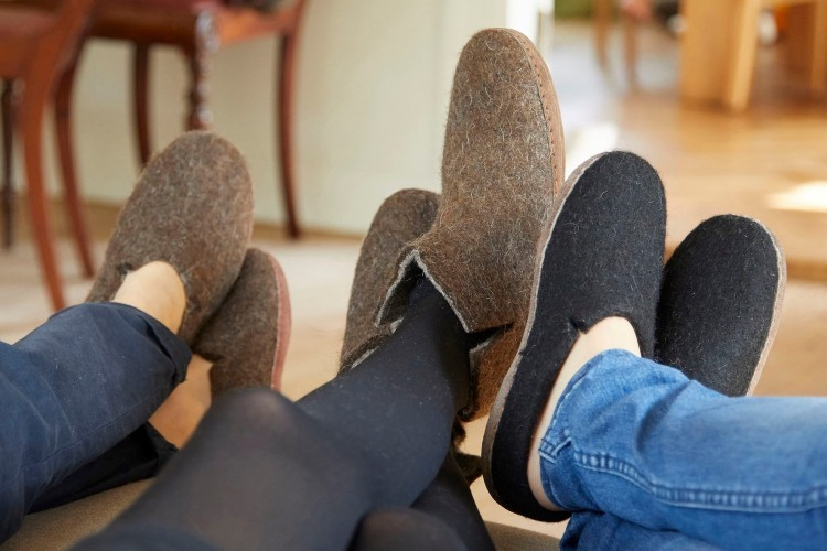 sustainable wool slippers